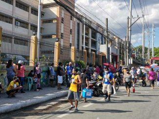 馬尼拉大都會區縮短宵禁時間,調整外出隔離年齡限制