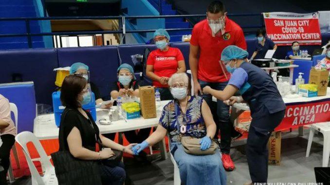 已完全接種COVID-19疫苗者將放寬隔離限制